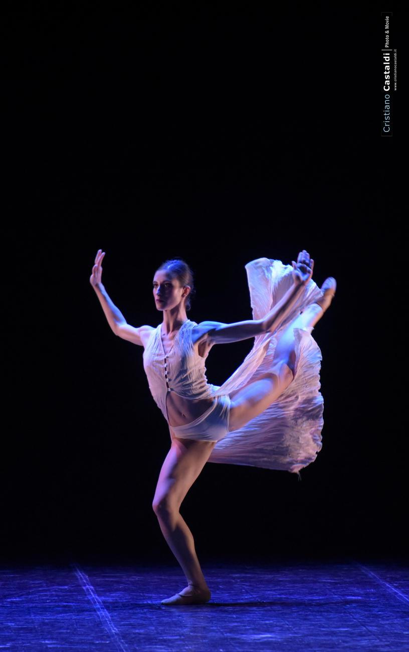 Spettacolo di Danza: Mediterranea di Mauro Bigonzetti
